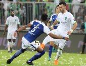 الهلال يقترب من حسم الدوري السعودي بتعادل سلبى أمام الأهلى بمشاركة مؤمن