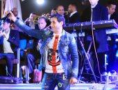 """بالصور .. شيبة يشعل حفل شم النسيم بـ """"صحراوى الإسكندرية"""""""