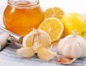 صحتك فى وصفة.. الثوم والعسل وخل التفاح يقوى المناعة وأقوى من البنسلين