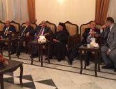 رئيس جامعة أسيوط يقدم تهانى عيد القيامة المجيد للأقباط