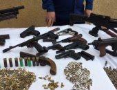 الداخلية تضبط 55 قطعة سلاح فى مداهمات أمنية للبؤر الاجرامية بأسيوط