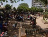 صور.. توافد المواطنين على الحدائق والمتنزهات فى سوهاج