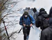 الشرطة الفرنسية تشتبك مع محتجين فى مدينة نانت خلال مظاهرة بسبب وفاة شاب