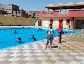 صور.. محافظ سوهاج:توافد المواطنين على الحدائق العامة المتنزهات وحمامات السباحة