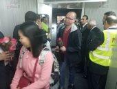 ننشر الصور الأولى لركاب أول طائرة روسية تصل مطار القاهرة بعد استئناف الرحلات