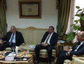 محافظ جنوب سيناء ومدير صندوق تطوير المناطق العشوائية يتابعان مشروعات المحافظة