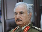 المشير خليفة حفتر يطالب بالتقيد بتعليماته حول التعامل مع أسرى معركة درنة