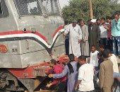 إصابة 3 أشخاص فى حادث اصطدام قطار ركاب بسيارة بالبحيرة