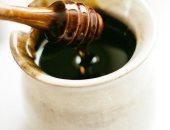 بزاوية 180 درجة.. ما حقيقة خطورة العسل الأسود على الصحة؟