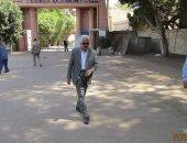 رئيس حى دار السلام يتفقد مستودع الجزيرة لمتابعة ضخ أسطوانات الغاز