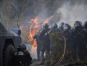 اشتباكات عنيفة بين متظاهرين والشرطة الفرنسية على خلفية وفاة سجين