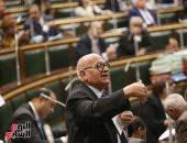 """مطالبات برلمانية بتقنين أوضاع الـ""""توك توك"""" لدمج الاقتصاد غير الرسمى"""