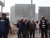 قارئ يرصد انتشار القمامة أمام مدخل محطة مترو عزبة النخل الغربية