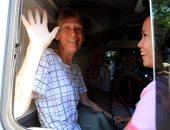 صور.. ترحيل راهبة استرالية من الفلبين بسبب أنشطة سياسية