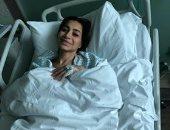"""بسمة وهبة بعد خضوعها لعملية جراحية: """"العين صابتنى ورب العرش نجانى"""""""
