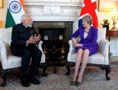 صور.. رئيسة وزراء بريطانيا تبحث مع نظيرها الهندى القضايا ذات الاهتمام المشترك