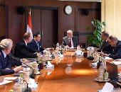 رئيس الوزراء: توجيه المخصصات المالية بالمحافظات لما يحقق مصلحة المواطن - صور