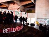 صور.. الشرطة الفرنسية تفض اعتصاما طلابيا بإحدى جامعات باريس