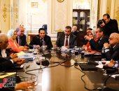 لجنة الصحة بالبرلمان تطالب بتشديد الرقابة لمنع بيع الأدوية منتهية الصلاحية