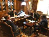 السراج يبحث مع قادة عسكريين اجتماعات القاهرة لتوحيد المؤسسة العسكرية الليبية