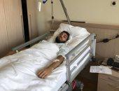 """محمد صلاح يطمئن على الشناوى """"هاتفيا"""" بعد العملية"""