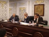 النائب عبد السلام الشيخ يطالب بإقامة أكشاك للباعة فى محافظة قنا