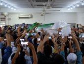 """صور.. الآلاف بماليزيا يودعون جثمان الشهيد الفلسطينى """"البطش"""" قبل قدومه لمثواه الأخير"""