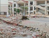 صور.. السيول تضرب قرى سياحية بالعين السخنة وتدمر أجزاءً من شاليهات