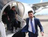 صور.. أتلتيكو مدريد يصل لندن استعدادا لقمة أرسنال فى الدورى الأوروبى