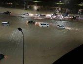 جهاز مدينة القاهرة الجديدة يفشل فى السيطرة على مياه الأمطار بالتجمع