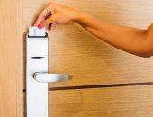 باحثون يخترقون نظام قفل إلكترونى لفتح أى غرفة بالفندق