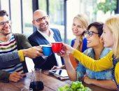 دراسة استمرت 80 عاما تؤكد: العلاقات الاجتماعية الجيدة سر السعادة