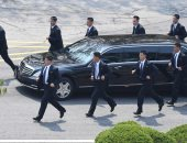 صور.. زعيم كوريا الشمالية يعود إلى بلاده بعد انتهاء أولى جلسات قمة الكوريتين