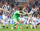 نهائى كأس إيطاليا.. النيران الصديقة تمنح يوفنتوس الهدف الرابع ضد ميلان