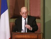الخارجية الفرنسية: لودريان يؤكد خلال زيارته للأردن دعم باريس لحل الدولتين