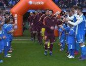 فيديو.. ديبورتيفو لاكورونيا يقيم ممرًا شرفيًا لنجوم برشلونة احتفالاً بالكأس