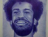 قارئ يشارك برسوماته الفنية باستخدام الرصاص والفحم: نفسى أشارك بالمعارض