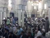 صور.. آلاف الصوفيين يحتفلون بالليلة الختامية لمولد سيدى عبد الرحيم القنائى