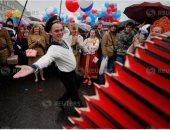 صور.. مسيرات واحتفالات فى روسيا بعيد الربيع والعمال