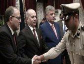 صور.. وزير الداخلية يكرم رجال الشرطة المتميزين فى عملهم