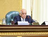 """""""عبدالعال"""" يحذر النواب من حضور احتفالات السفارات أو السفر للخارج دون إذن"""