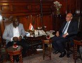 وزير الزراعة يبحث مع نظيره الأوغندى إنشاء مزرعة نموذجية وزيادة التبادل التجارى