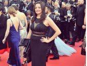 بشرى تتألق بفستان أسود فى حفل افتتاح مهرجان كان السينمائى الدولى