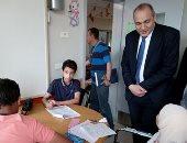 مدير تعليم القاهرة يتفقد لجان الإعدادية بمستشفى 57357