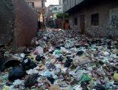 شكوى من تراكم القمامة بشارع بيومى فى الزقازيق