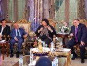 صور..  إيناس عبد الدايم وحسن راتب ومفيد شهاب ومحمد ثروت على شاشة المحور الليلة