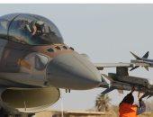 طائرة إسرائيلية تستهدف مطلقى البالونات الحارقة بقطاع غزة