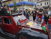 صور.. فلسطينيون يخرجون فى مسيرات بالسيارات القديمة خلال ذكرى النكبة