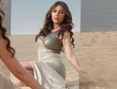 رحمة حسن فى جلسة تصوير غريبة فى الصحراء