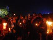 صور.. وقفة بالشموع فى إندونيسيا تأبينا لضحايا هجمات استهدفت 3 كنائس